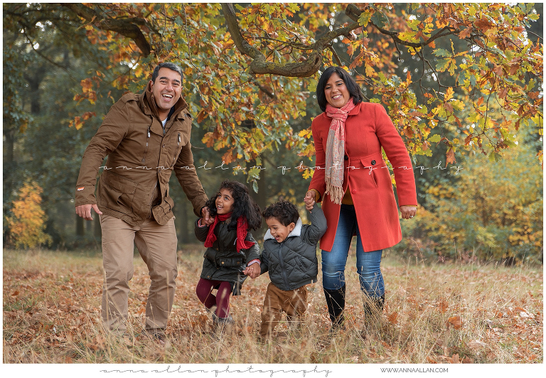 family photography session in the autumn, Hillingdon, uxbridge